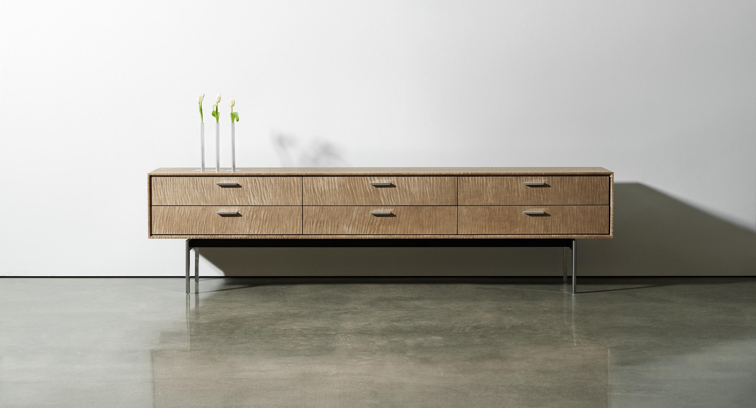 Halo's elegant profile is a must for the contemporary conference room, private office, and public spaces