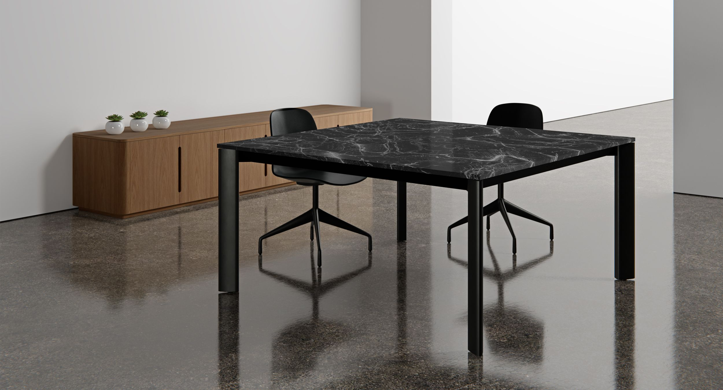 CREW mobile and fixed conference tables are available in a full range of sizes and finishes.