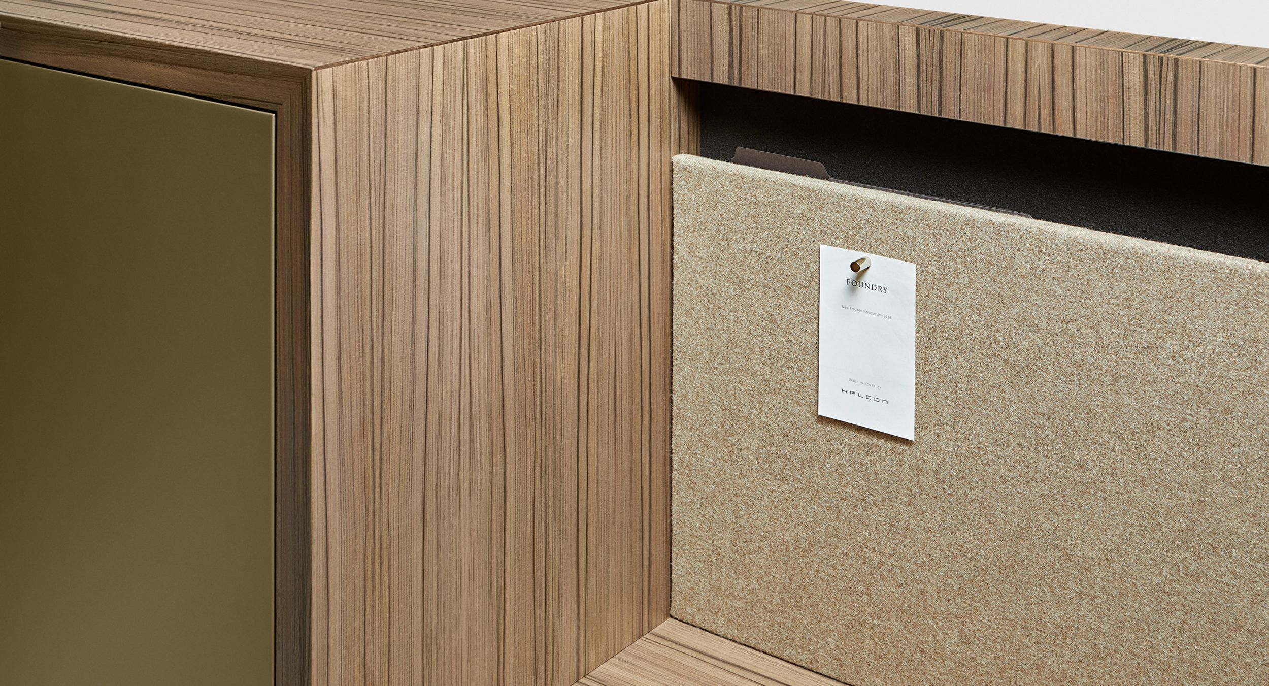 The innovative 'Foundry File' and magnetic 'tackable' fabric cleanly integrate into the FOUNDRY panel.