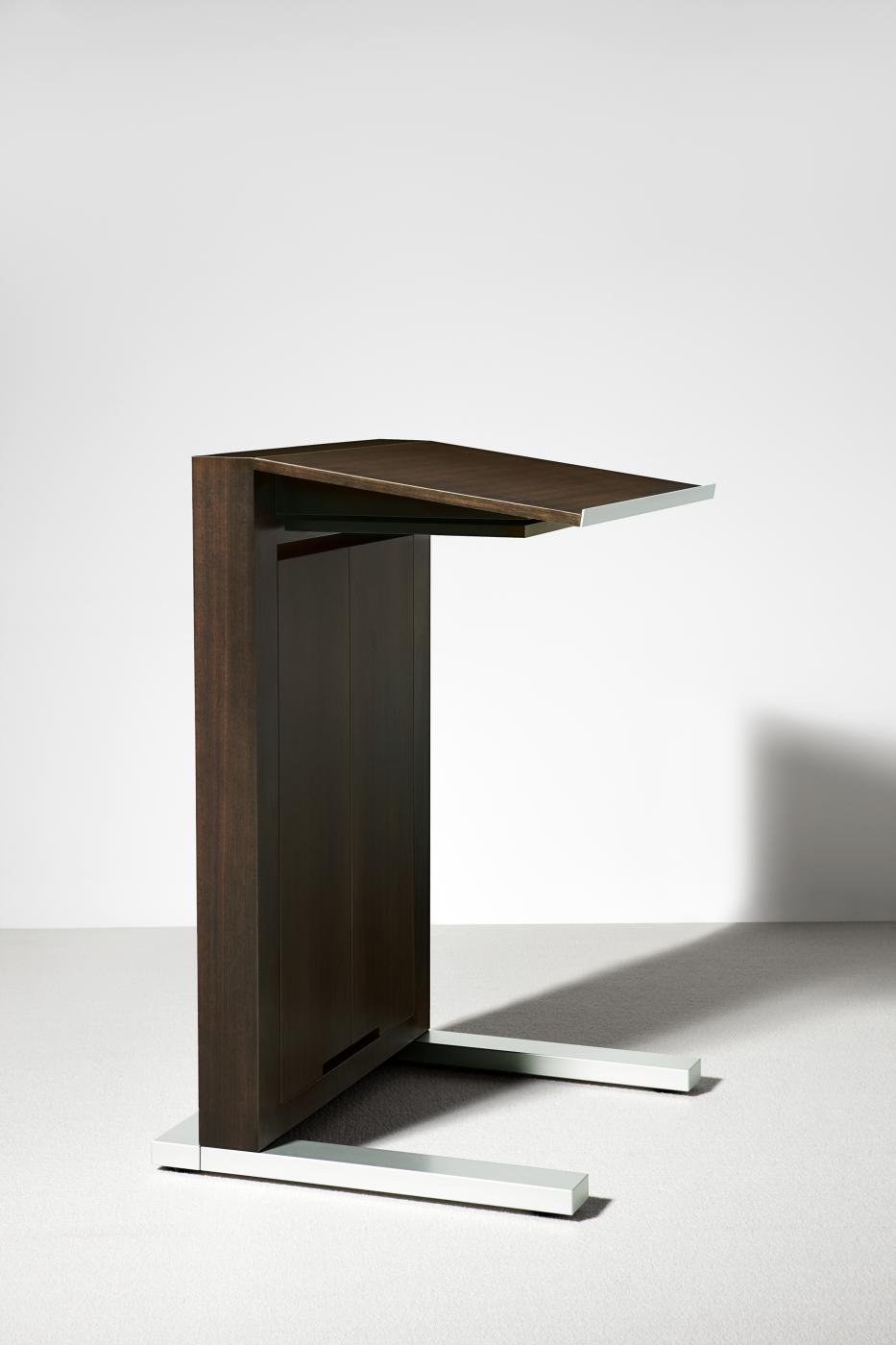 Motus lecterns are mobile with a modern aesthetic.