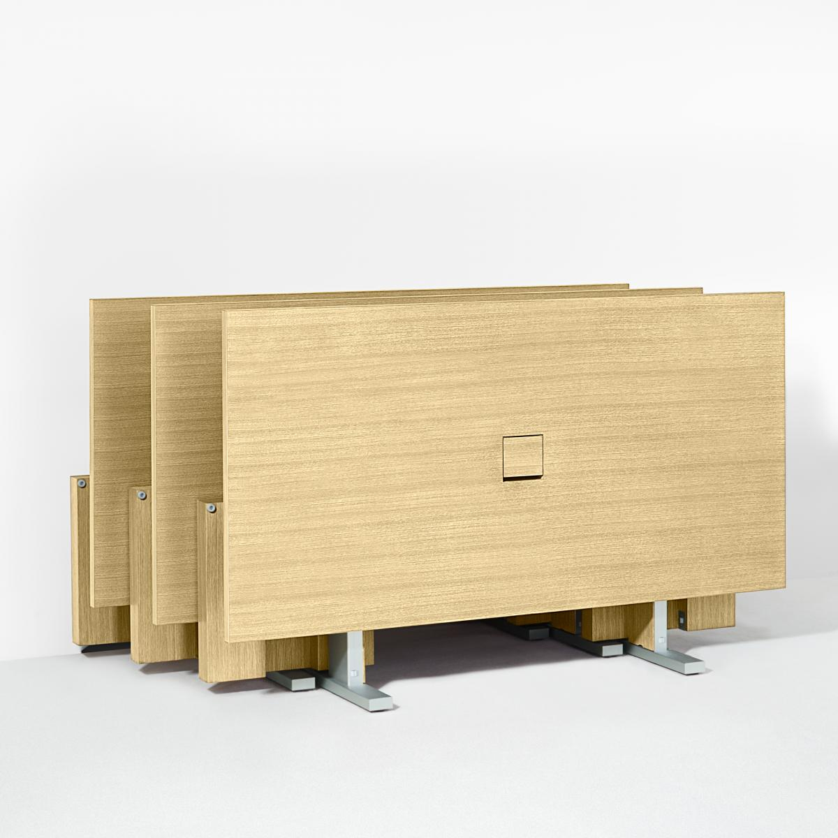 Motus makes every space more dynamic, flexible and productive. Move, reconfigure, and store Motus tables with ease.