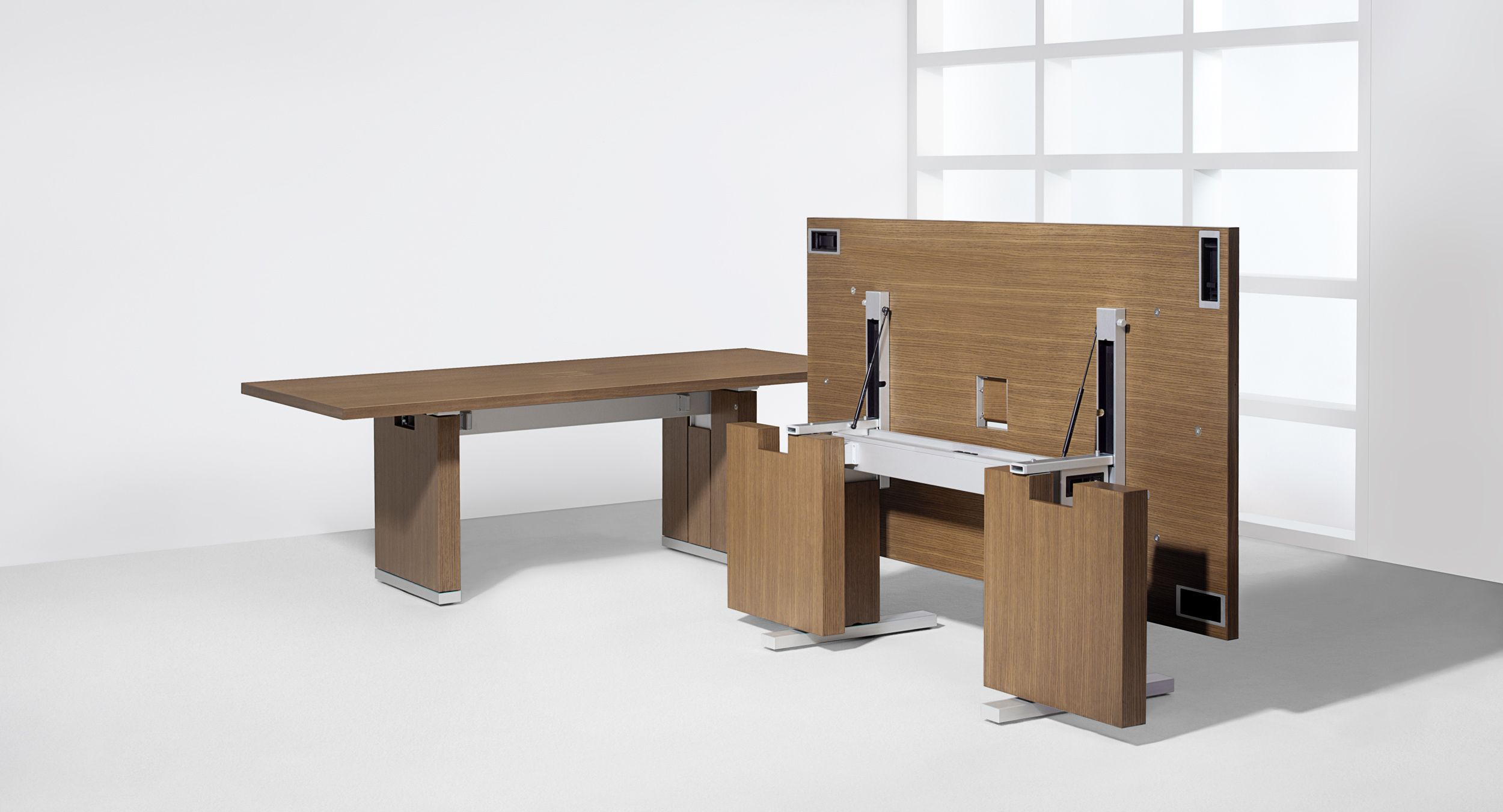 Motus  HALCON Furniture