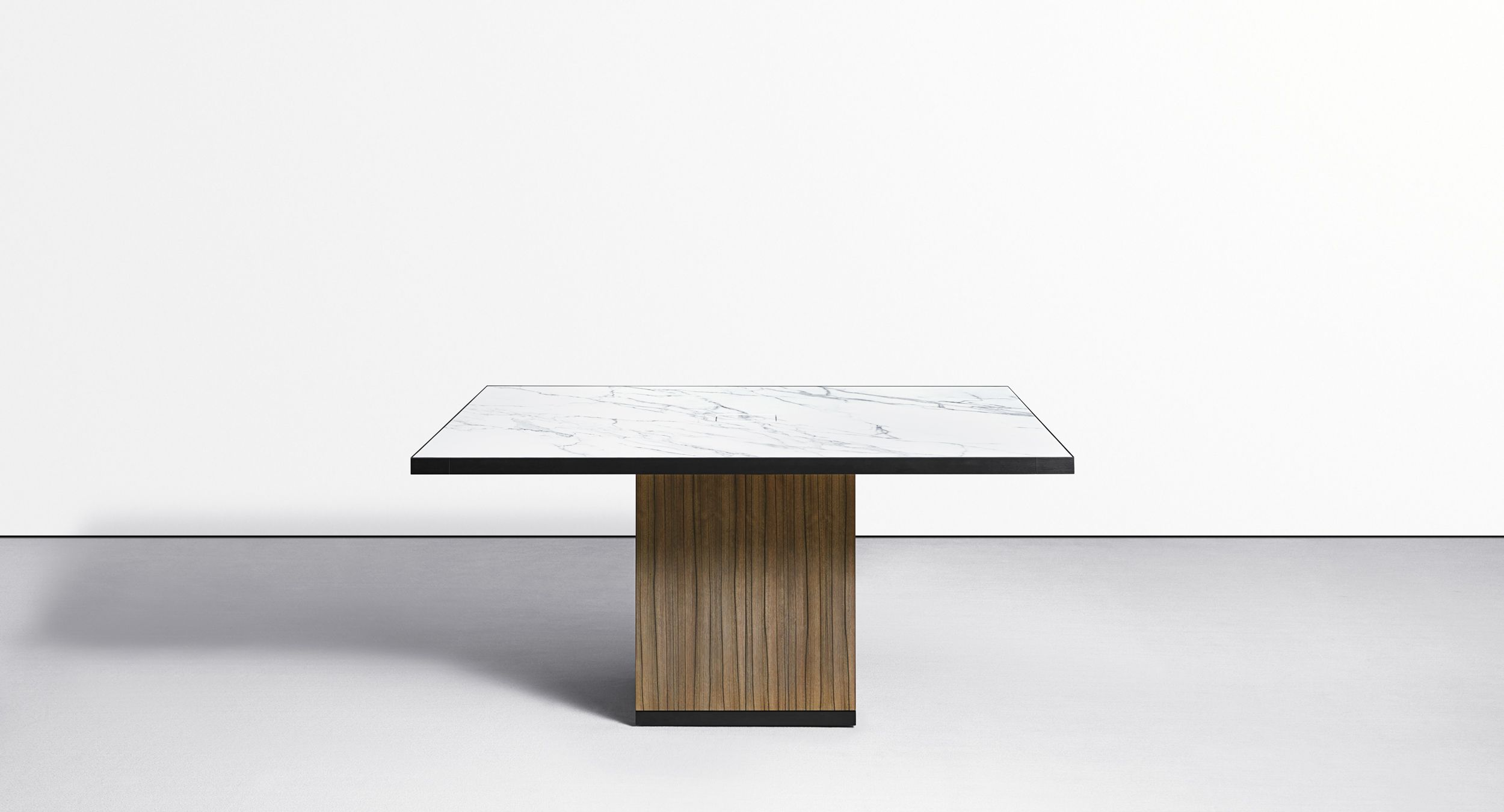 Motus² is the ultimate executive-level reconfigurable table.