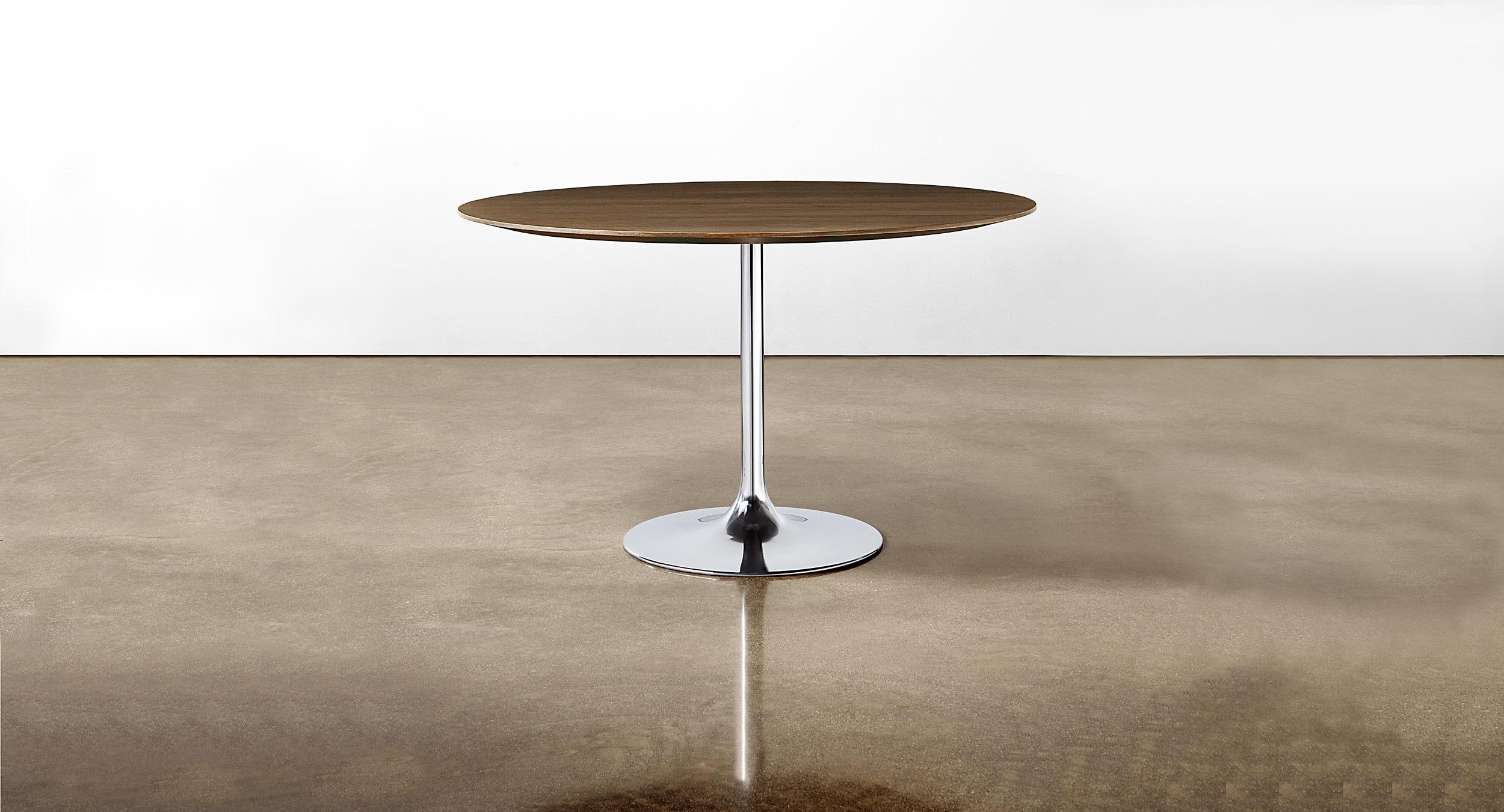 Sessions table with sculptural Trumpet base